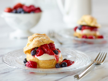 Egg Farmers of Ontario Berry Cream Puffs photography